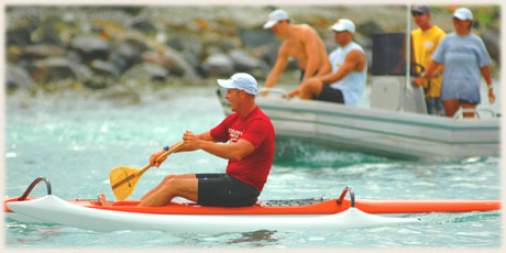 Glenn Nooroa / Club Te Tupo o te Manava / CI - won Round Raro OC1 Relay Race / Photo by Lawrance Bailey © sokalavillas.com